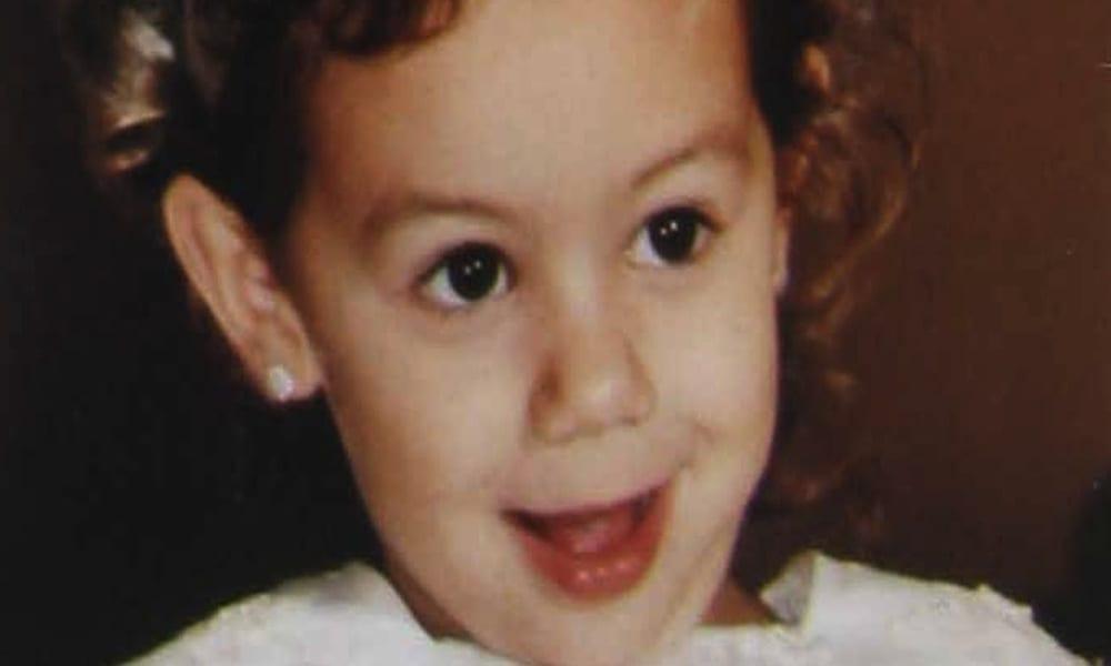 La piccola Denise Pipitone in una foto di archivio ai tempi della sua scomparsa avvenuta a Mazara del Vallo (Trapani)il 1 settembre 2004. Franco Lannino /ANSA