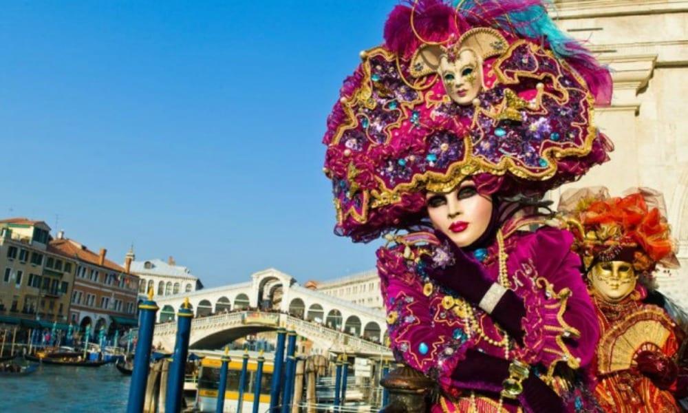 Vento forte: annullato il corso del martedì grasso al Carnevale di Viareggio