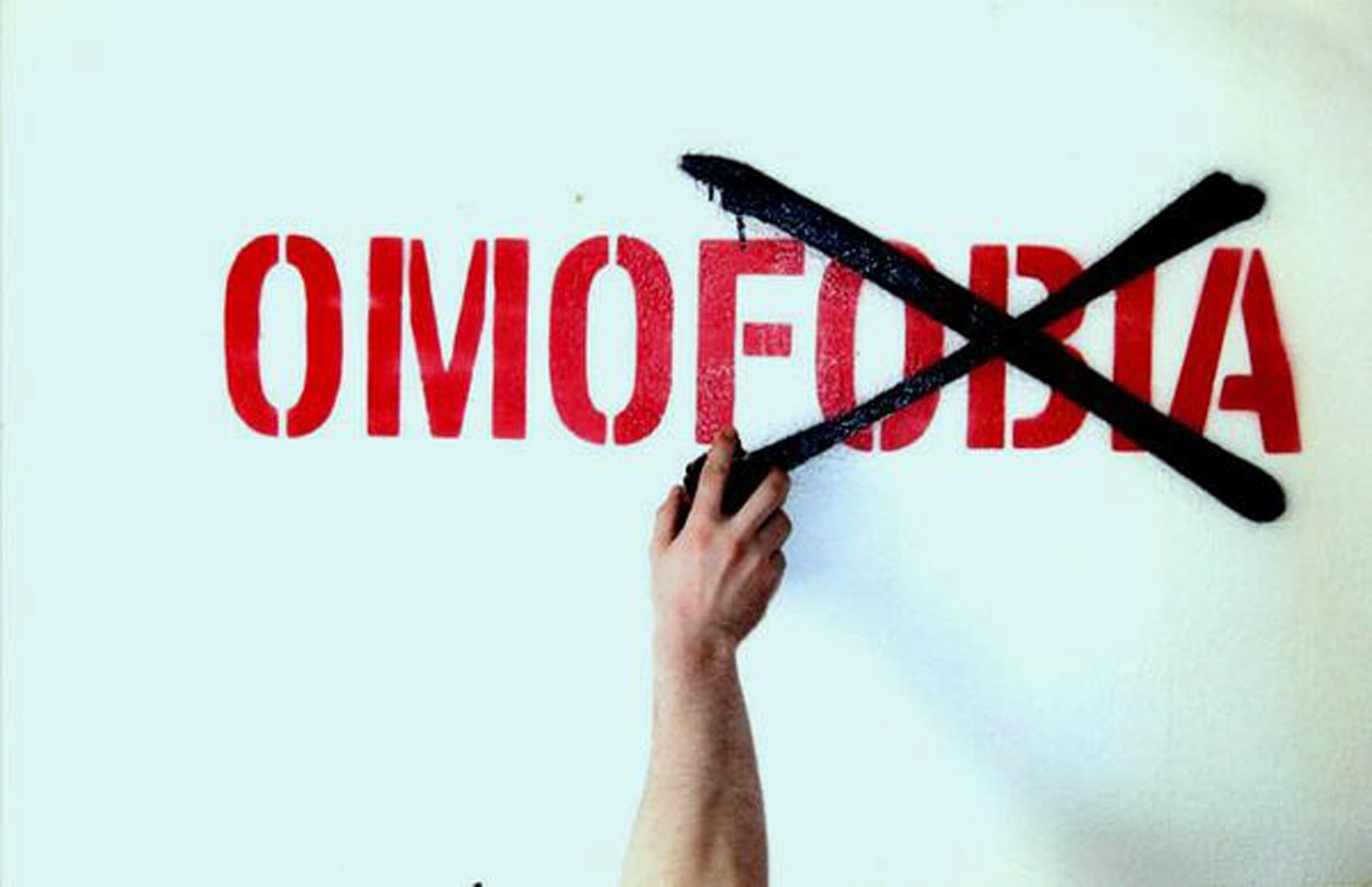 """Giornata mondiale contro l'omofobia: """"Abbattiamo i pregiudizi"""""""