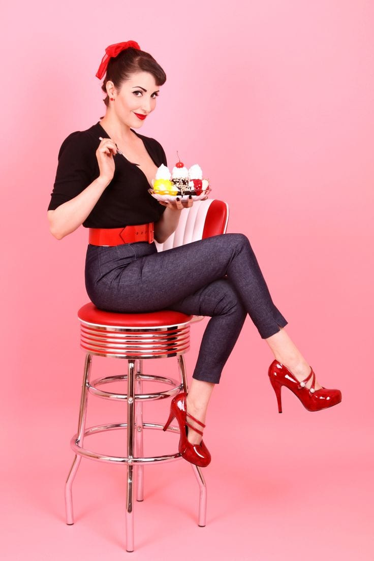 Super Vestiti anni '50 da pin-up: l'abbigliamento - VelvetMag CQ41