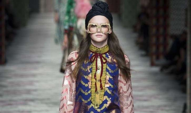Fasce e turbanti: gli accessori glam per l'estate 2017