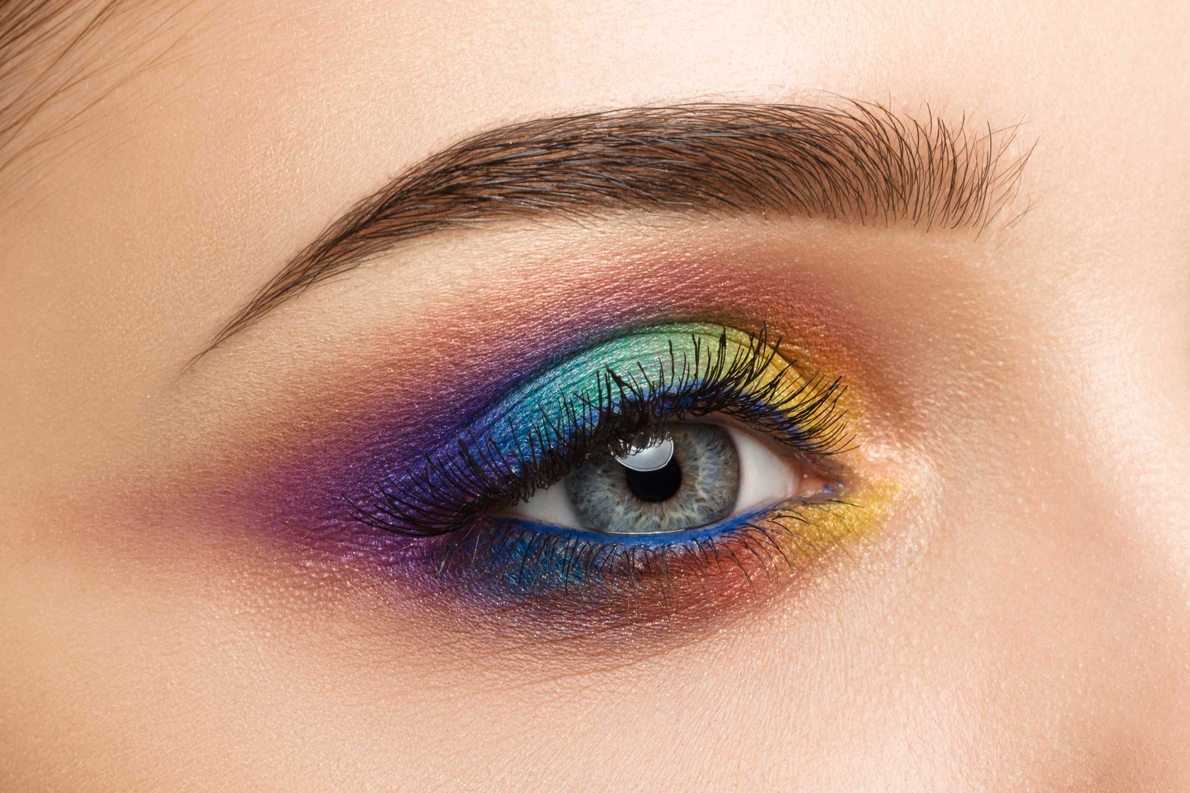 Eye MakeUp Rainbow: l'ultima tendenza 2017