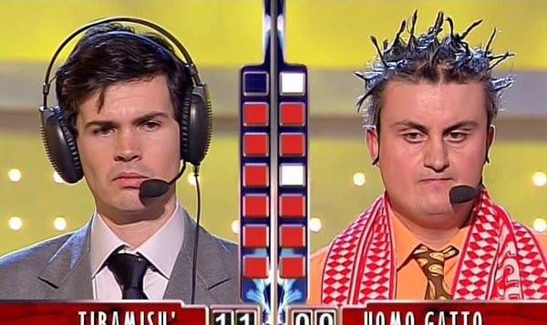 Sarabanda torna in tv: Enrico Papi suona la Mooseca