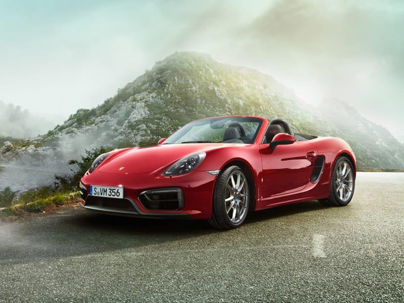 Nonna sprint, sfreccia a 238 km/h su una Porsche