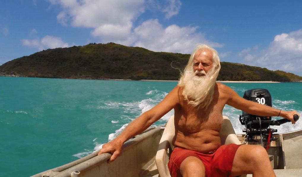 """Cast Away australiano rischia di essere sfrattato: """"Da quest'isola non me ne andrò mai"""""""