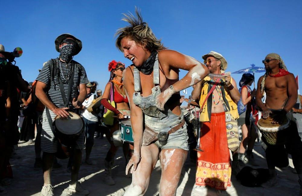 Burning Man, il Festival dell'utopia in Nevada amato dalle Star [VIDEO]