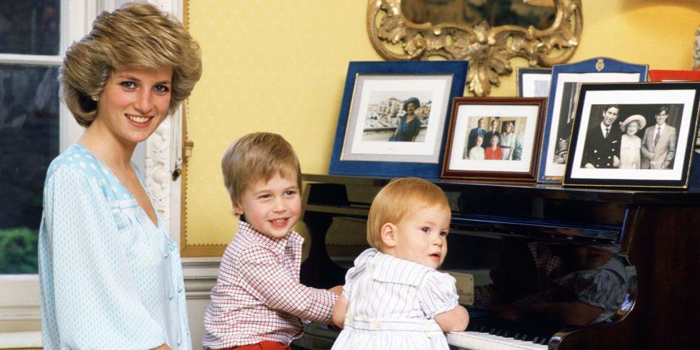 Regina Elisabetta e Carlo non omaggeranno la principessa Diana: scoppia la polemica