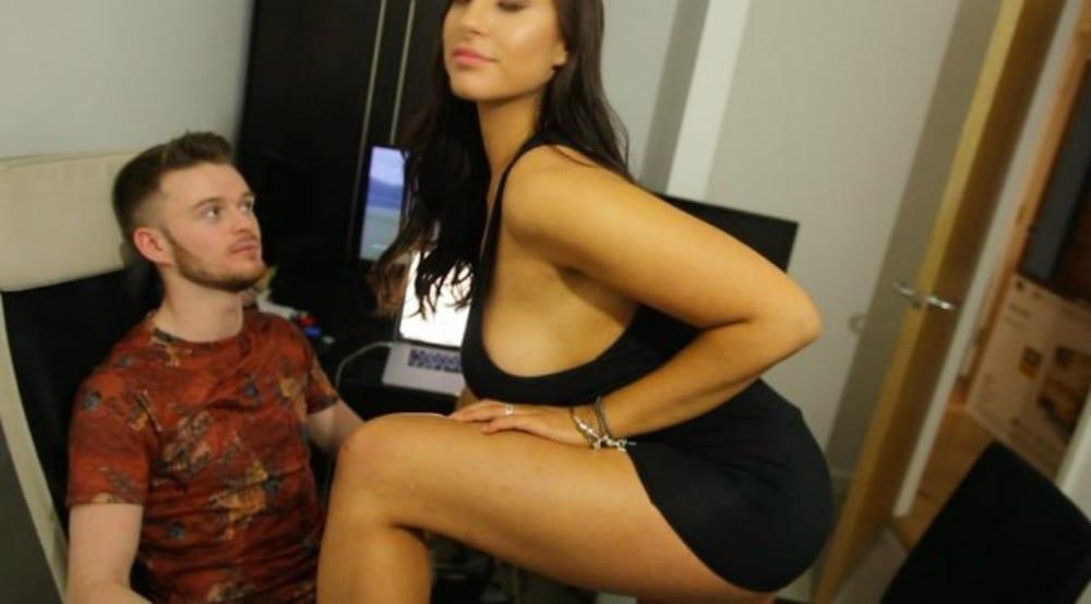 image My girlfriend jess sucking cock