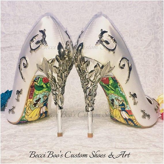 Le scarpe da sposa La Bella e la Bestia per le più romantiche [FOTO]