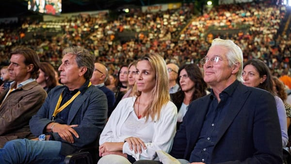 Richard Gere in Toscana per incontrare il Dalai Lama [VIDEO]