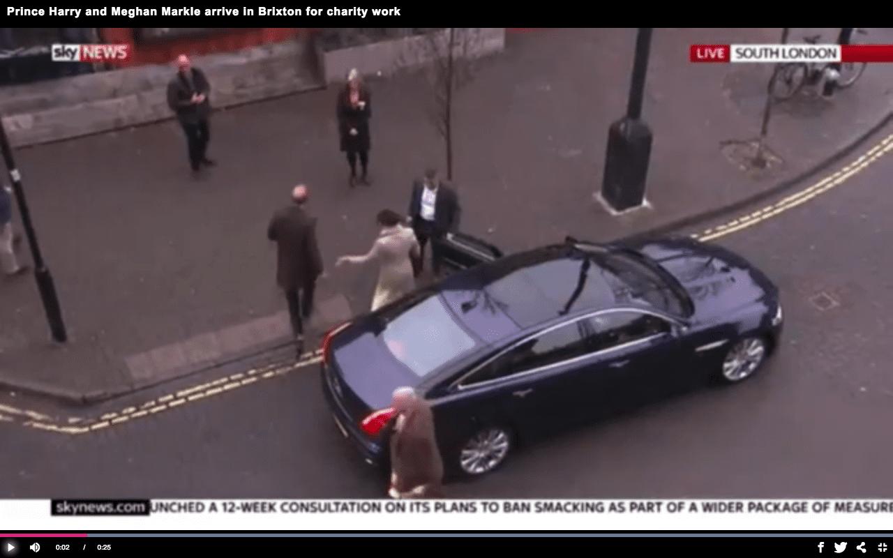 Il gesto shock del principe Harry contro Meghan Markle [VIDEO]