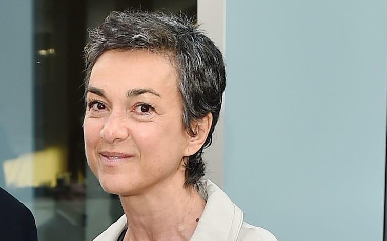 """Daria Bignardi si confessa: """"Ho avuto un cancro al seno"""", ecco spiegati i capelli corti e brizzolati"""