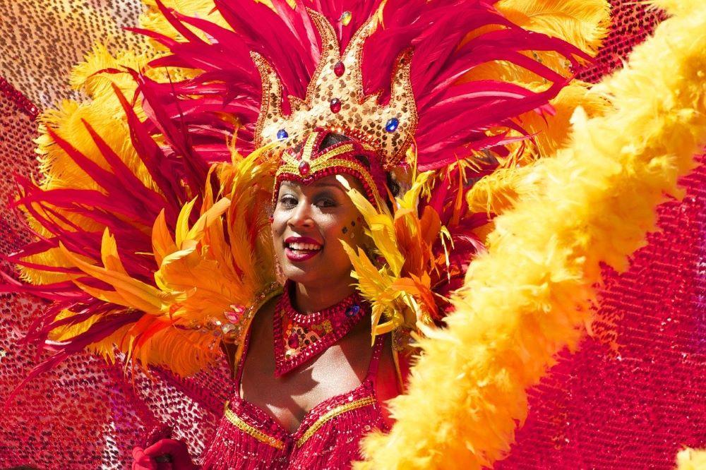 """Brasile, cancellato il Carnevale di Rio: non accadeva dal 1912. Il sindaco: """"Impossibile anche a luglio, arrivederci al 2022"""""""