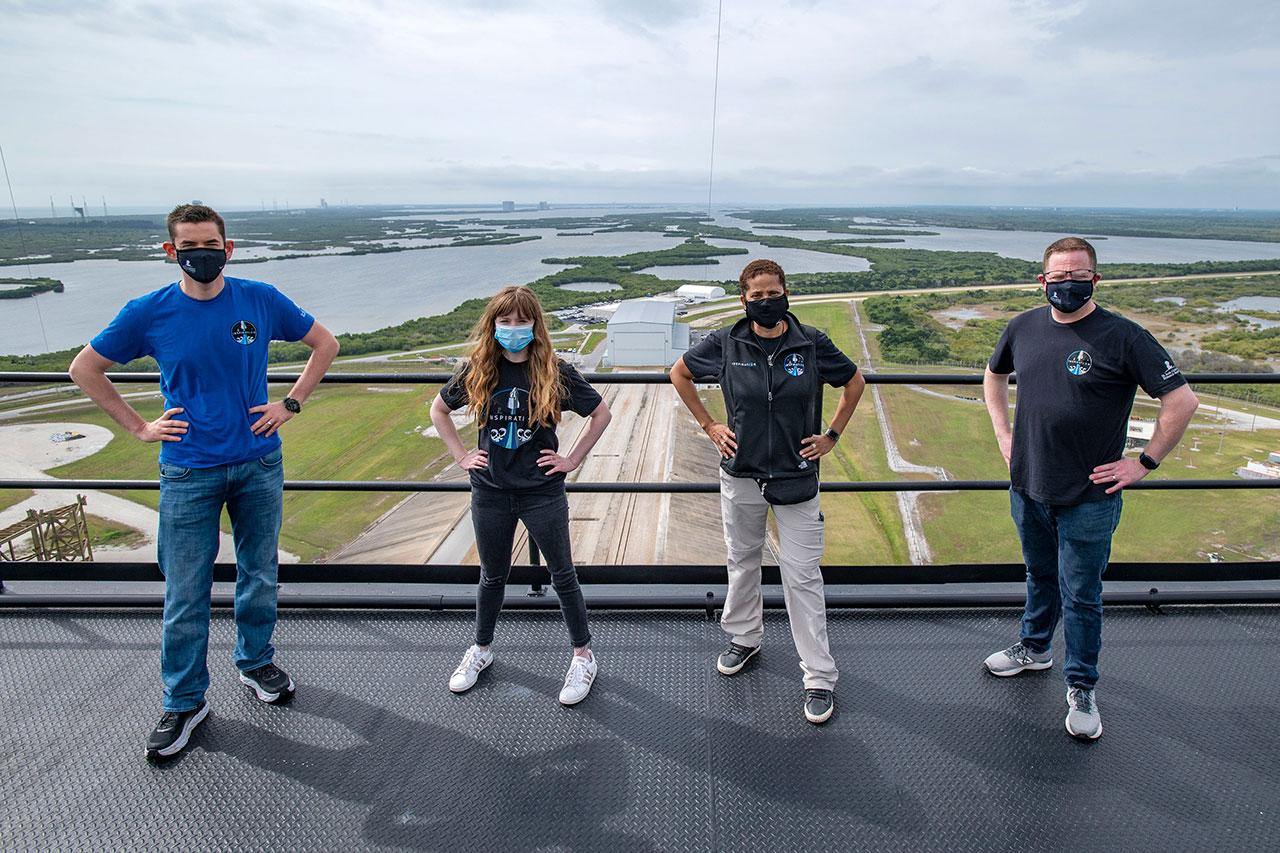 Turisti spaziali civili SpaceX